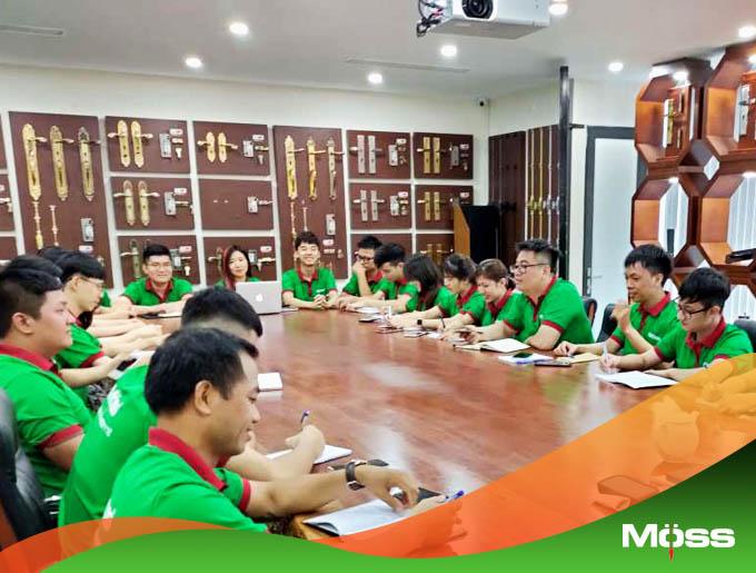 Nhân viên Kinh doanh, Marketing, Triển khai tham dự buổi đào tạo