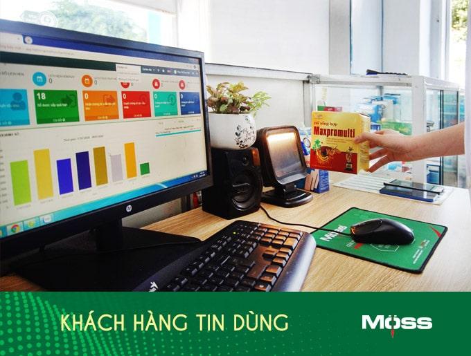 ban-hang-khach-hang-tin-dung-tech-moss